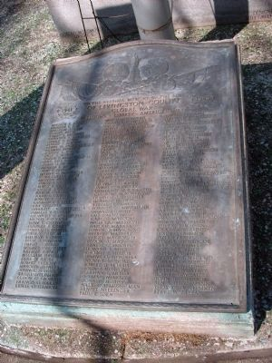 Bronze Marker - - W. W. II War Memorial - Livingston County Illinois image. Click for full size.