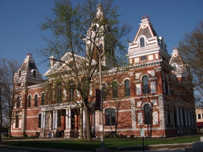East Side - - Livingston County Courthouse - Pontiac, Illinois image. Click for full size.