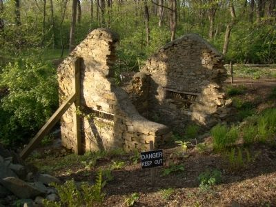 The Springhouse Ruins image. Click for full size.