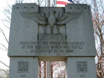 Winsted Veterans Monument image. Click for full size.