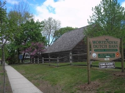Wortendyke Dutch Barn Farm Museum image. Click for full size.