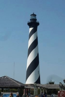 Cape Hatteras Lighthouse, Cape Hatteras National Seashore image. Click for full size.