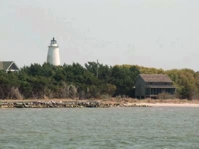Ocracoke Lighthouse and harbor shoreline image. Click for full size.