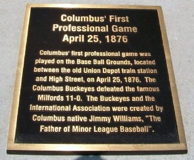 Columbus' First Professional Game Marker image. Click for full size.