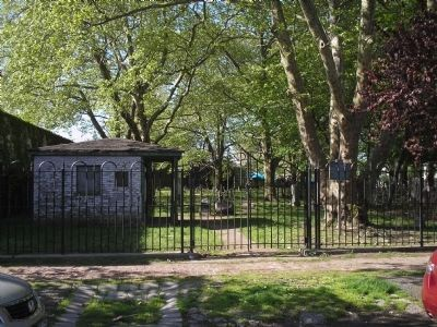 Gravesend Cemetery image. Click for full size.