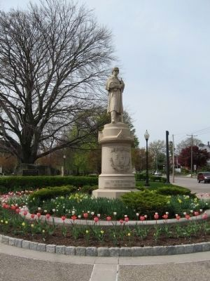 Torrington Soldiers Memorial image. Click for full size.