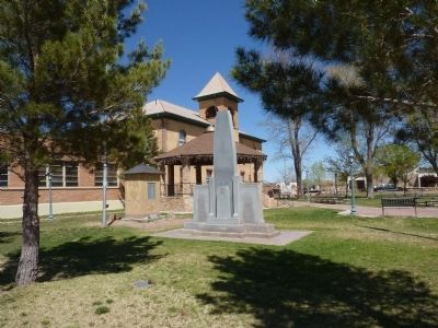 Navajo County Courthouse image. Click for full size.