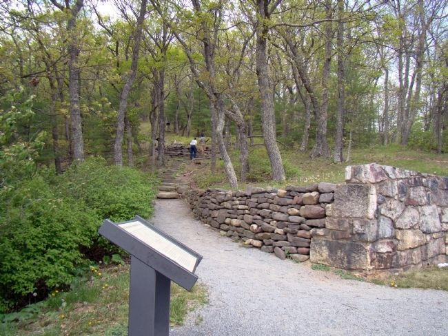 Confederate Breastworks Interpretive Trail Head image. Click for full size.