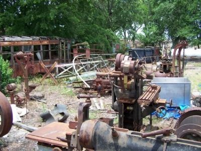 Central Of Georgia Railroad Shops, scrap yard image. Click for full size.