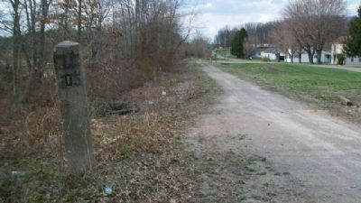 Former Columbus, Hocking Valley & Toledo railbed image. Click for full size.