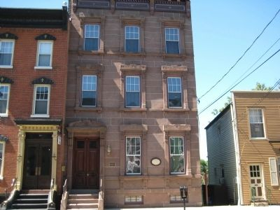 Lander-Stewart Mansion image. Click for full size.