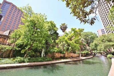Typical Scene along the San Antonio River Walk image. Click for full size.