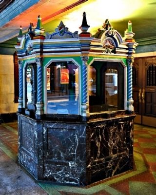 Majestic Theatre Ticket Booth image. Click for full size.
