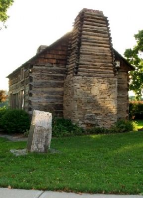 Old Log Building and Marker image. Click for full size.