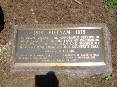 Westport Vietnam War Monument image. Click for full size.