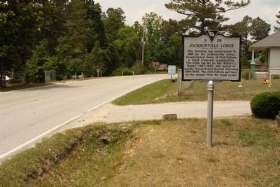Jacksonville School / Jacksonville Lodge Marker, looking north along Huber Clay Road image. Click for full size.