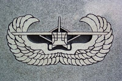 Glider Infantry Badge on Monument image. Click for full size.