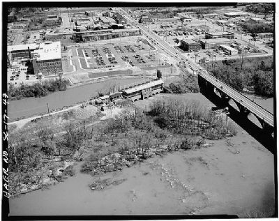 Columbia Canal powerplant looking east . US 1, Gervais Street seen at right image. Click for full size.