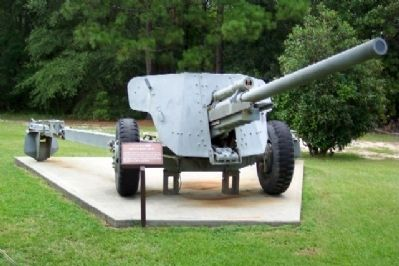 T-8 90mm Antitank Gun and Marker image. Click for full size.