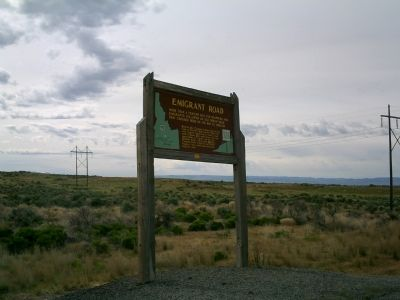 Emigrant Road Marker Along US 93 image. Click for full size.