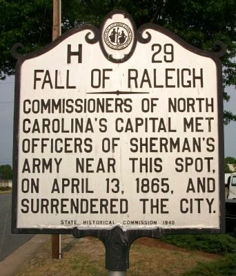 Fall of Raleigh Marker image. Click for full size.