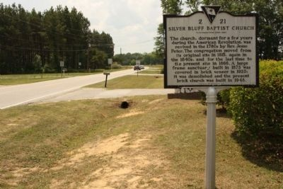 Silver Bluff Baptist Church Marker, looking south image. Click for full size.