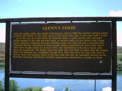 Glenn's Ferry Marker image. Click for full size.