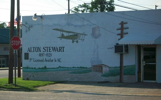 Aviation mural painted for the 2005 Centennial Celebration image. Click for full size.