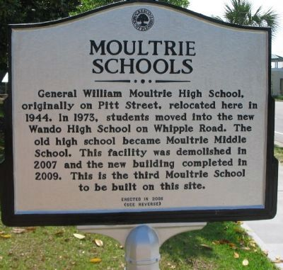 Moultrie Schools Side image. Click for full size.