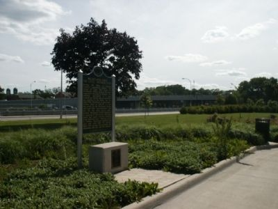 Marker with intersection in the distance image. Click for full size.