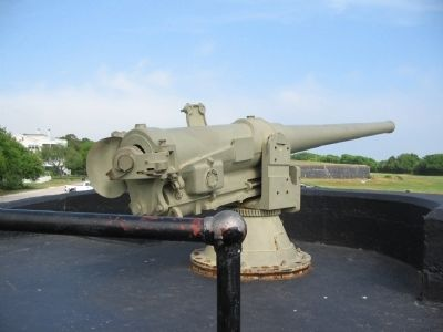 4.7-inch Armstrong Gun at Battery Bingham image. Click for full size.