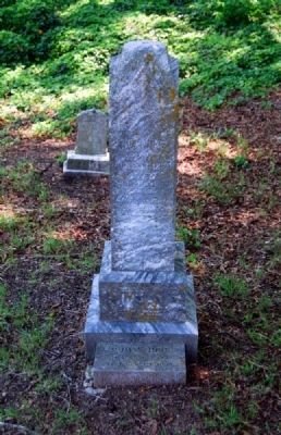 Thomas Jones Tombstone image. Click for full size.