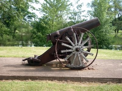 Right View - - 1893 Field Gun (Krupp) image. Click for full size.