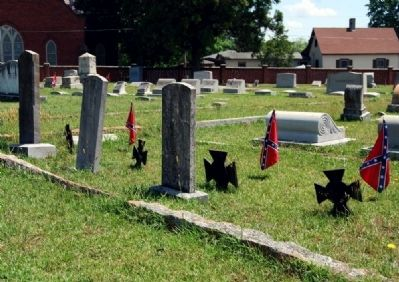 Three Confederate Graves image. Click for full size.