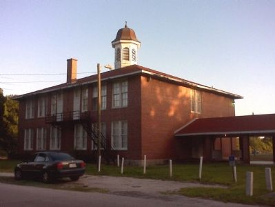Old Lutz Elementary School image. Click for full size.