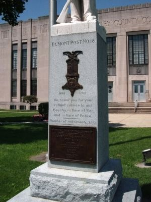 Wide Front - - Civil War Memorial - Shelby County Indiana Marker image. Click for full size.