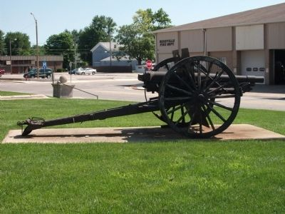Profile View - - Field Gun image. Click for full size.