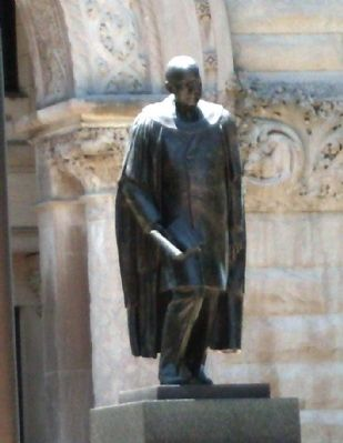 Statue - - James Whitcomb Riley image. Click for full size.