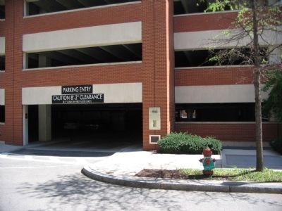 Marker and Plaque (below) on Parking Garage image. Click for full size.