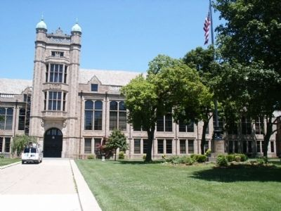 Fordson High School (main entrance) image. Click for full size.