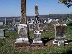 Olivia Floyd's grave, and her mother and brother image. Click for full size.