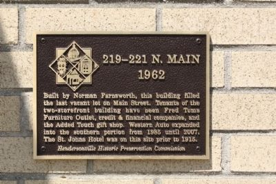 219- 221 N. Main Marker image. Click for full size.