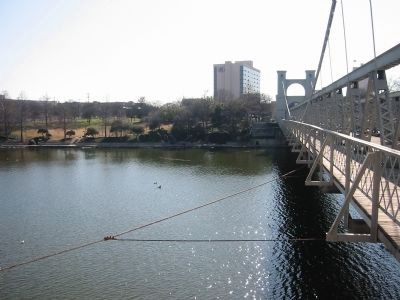 View of Waco Springs from the bridge image. Click for full size.