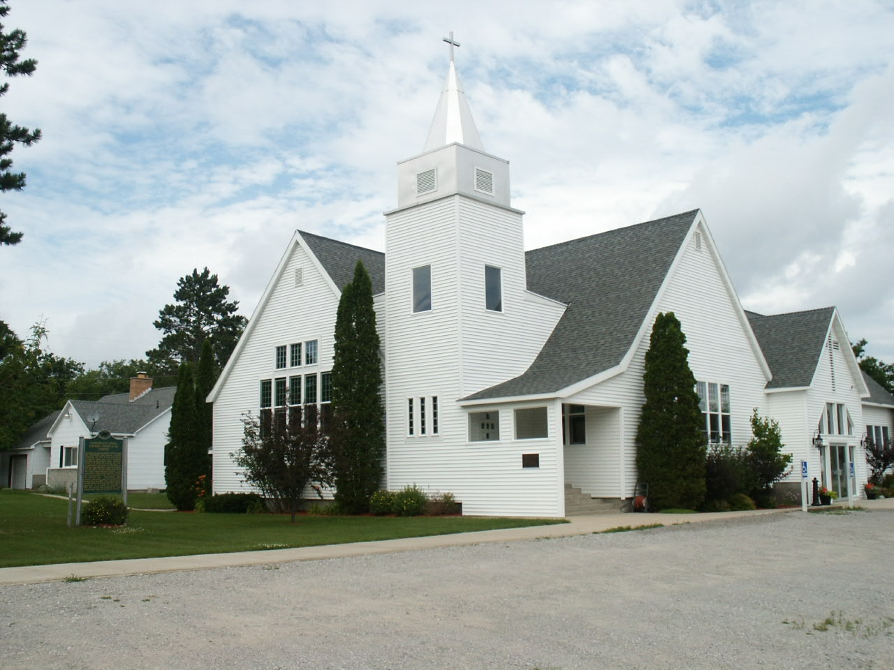 Congregational United Church of Christ and Marker
