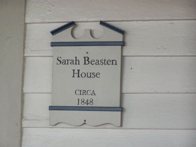 Sarah Beaston House image. Click for full size.