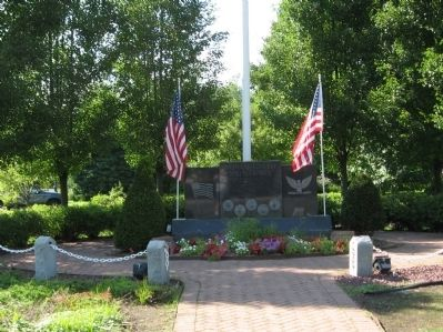 Montvale Veterans Monument image. Click for full size.