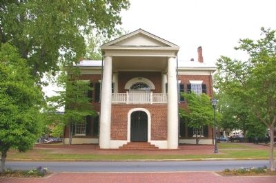 The Old Lumpkin County Courthouse image. Click for full size.