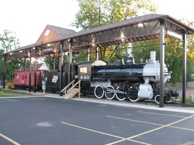 Nearby 440 Steam Locomotive image. Click for full size.