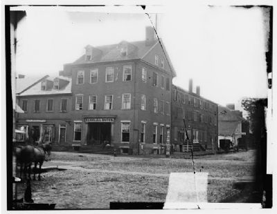 The Marshall House image. Click for full size.