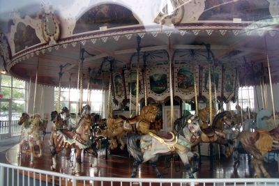Hampton Carousel image. Click for full size.